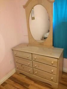Set de chambre en bois à vendre