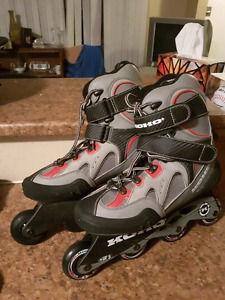 Ladies size 10 roller blades **never used**