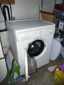 Frigidaire Gallery Series, Washer, Works Great, Great Price!