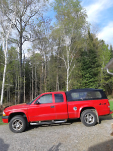 04 Dodge Dakota 132 000 km.