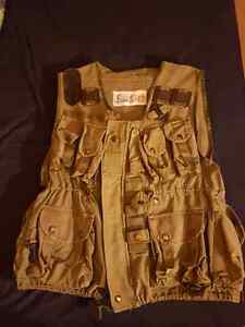 Vintage army tactical vest and camo long sleeve