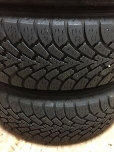 215/65R16 winter tores