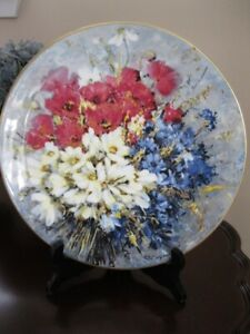 "Royal Doulton ""Country Bouquet"" Plate"