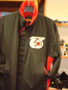 Reduced: Sporty XL Jacket with 75TH Anniversary NHL Crest