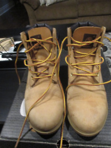 Timberland boots - mens 5.5 / ladies 7