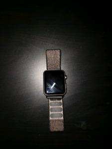 Apple Watch Series 3, 42mm (GPS and CELLULAR)