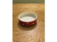 Pet food/drink dish - for cats or small dogs