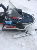 2000 Enticer 2 longtrack electric start and reverse works mint