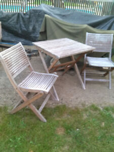Wood Table and 2 Folding Chairs Outdoor set Good Condition $50