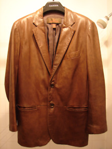 Manteau Danier en Cuir pour homme en parfaite état