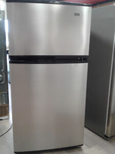 "fridge Magic Chef top freezer 33"" stainless s"