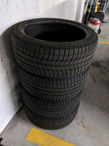 225/40/R18 Michelin X-ice 3 Winter Tires