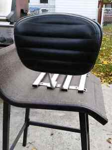 Six pack rack with removable back rest London Ontario image 2