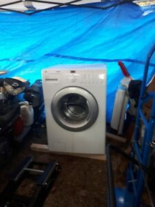 LGTROMM HIGH CAPACITY WASH/DRYER WITH DRAWER STANDS