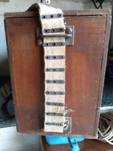 WW 2 instrument box with carrying strap. Vintage Australian Reservoir Darebin Area Preview