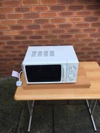 Low voltage microwave