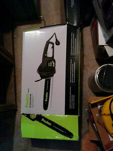 Poulan 16-in 13.5A Electric Chainsaw