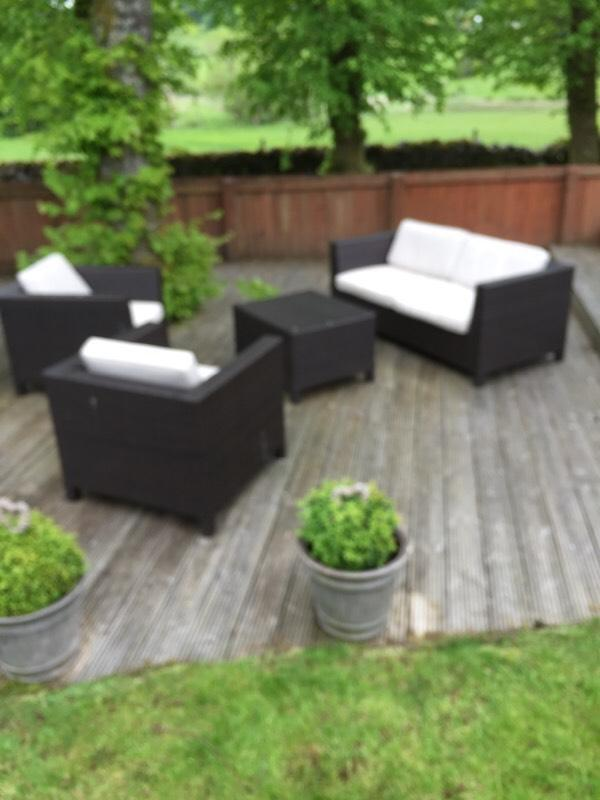 Rattan garden furniture from marks spencer in bridge for Outdoor furniture gumtree