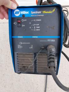 Miller Spectrum Thunderbolt 125 Plasma cutter