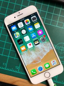 Apple iPhone 8, Gold, 64GB, Unlocked - 9.5/10 CONDITION!