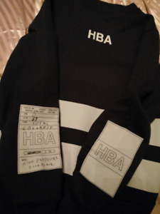 hood by air sweater