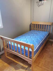 Set de chambre Morigeau Lépine bois couleur naturel, 4 morceaux!