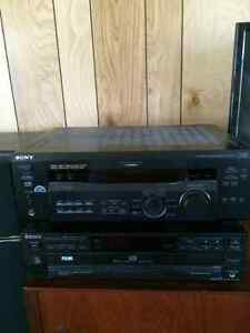 Home theatre system with 5 disc CD player and amp