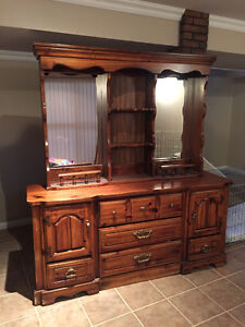 Dresser and hutch with mirror
