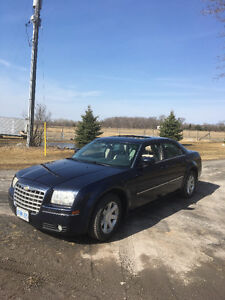 2005 Chrysler 300 - GREAT condition