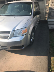 Dodge Caravan 2010, NEED GONE BY THE WEEK