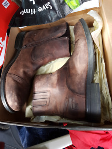 Denver Hayes leather boots