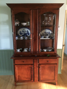 Beautiful Buffet and Hutch for sale