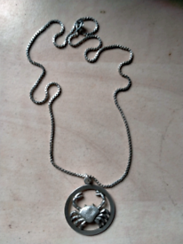 Silver chain & pendent