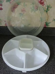 7 piece bowl set AND Veggie/dip set AND Large Truffle Dish Cornwall Ontario image 2