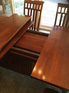 Solid Cherry Dining Table and Chairs Cambridge Kitchener Area image 5