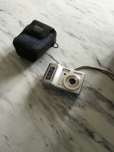 Samsung Digital Camera & Case