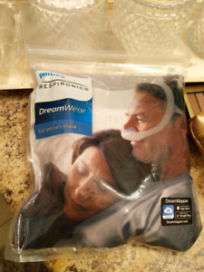 Philips Respironics DreamWear CPAP Mask sealed new  mask