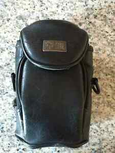 **35MM BLACK LEATHER CAMERA CASE FOR SALE**