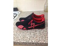 Brand new ladies sport trainers size 8 /39