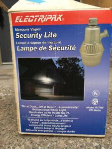 Lampe de sécurité pour extérieur