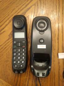 Landline phone £1
