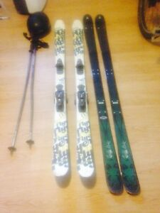 Skis, Helmet, Ski bag