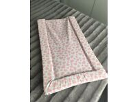 Changing mat waterproof with pink hearts