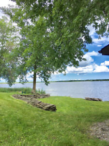Waterfront Cottage Year Round Access large lot