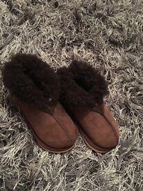 Child's sheepskin slippers boots