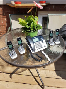 house phones ~ 1 base and 4 cordless