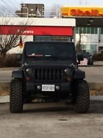 2012Jeep lifted Sahara special edition Altitude
