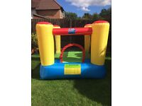 Airflow action air bouncy castle