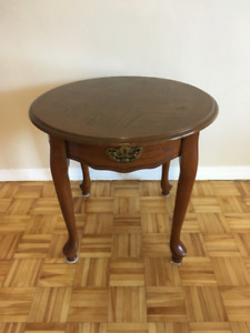 Vtg round wooden Victorian style side table & Retro stool