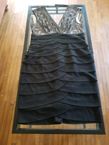 LAURA SIZE 14 cocktail night dress